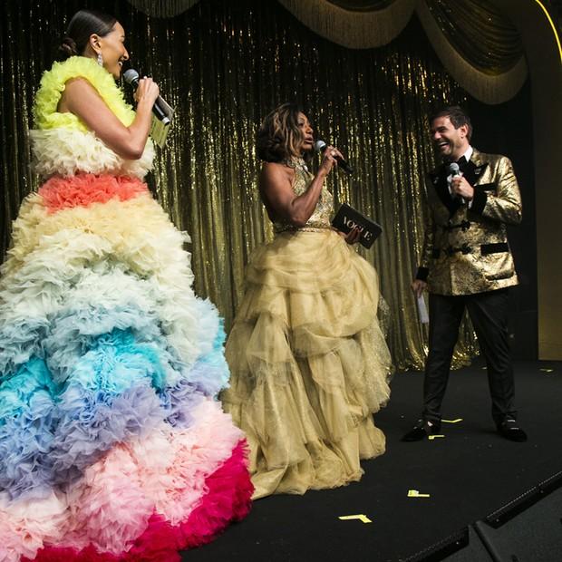 Baile da Vogue: Sabrina Sato, Gloria Maria e Bruno Astuto foram os anfitriões da noite (Foto: Ali Karakas, Alexandre Virgílio, Cleiby Trevisan, Luciana Prezia, Ricardo Toscani, Thiago Bruno)