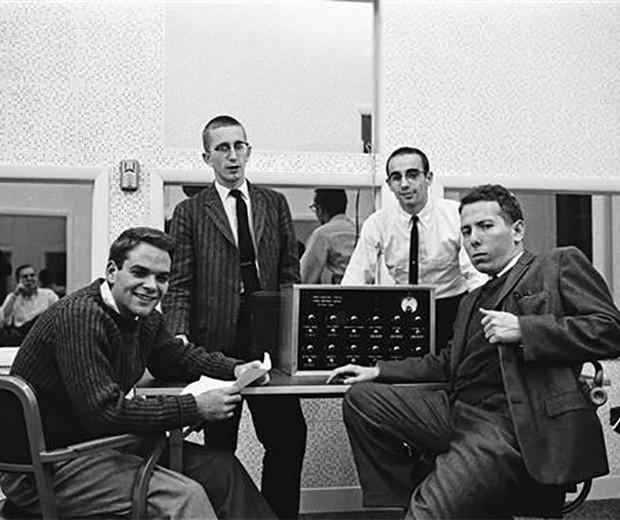 Homens voluntários e participantes do experimento de Milgram, em 1961 (Foto: Universidade de Yale Manuscritos e Arquivos)