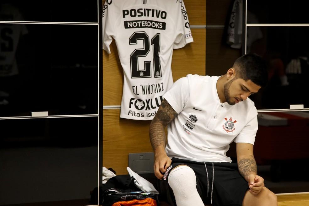 Sergio Díaz recebeu a camisa 21 no Corinthians — Foto: Rodrigo Gazzanel/Ag Corinthians