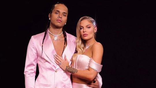Prêmio Multishow: Luísa Sonza e Vitão arrasam com looks cor de rosa e acessórios poderosos