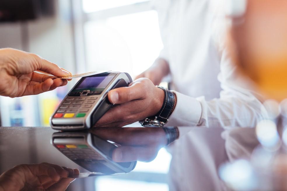 Planejamento e organização são essenciais para o bom uso do cartão de crédito. — Foto: Shutterstock