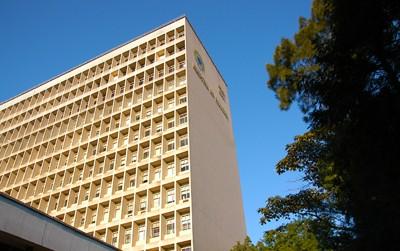 Hospital de Clínicas de Porto Alegre inicia remarcação de consultas por sistema online