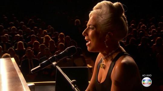 Lady Gaga celebra dueto com Bradley Cooper no Oscar: 'Especial'
