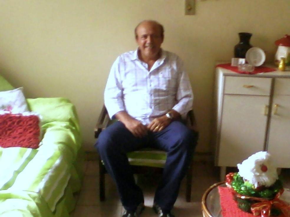 Cláudio Cameplo Cunha, conhecido como 'Carlão', de 64 anos, está desaparecido desde a última quinta-feira (16). — Foto: Divulgação