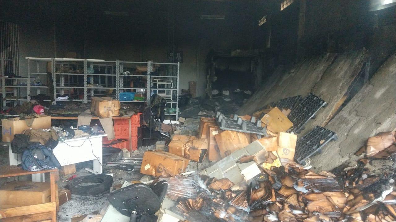Polícia suspeita que explosão em estande de tiros de Pinhais foi causada por bomba de fumaça