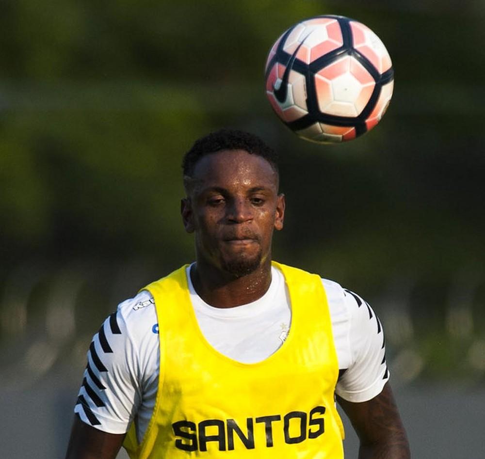 Cleber não foi utilizado pelo técnico Levir Culpi no Santos (Foto: Ivan Storti/Santos FC)