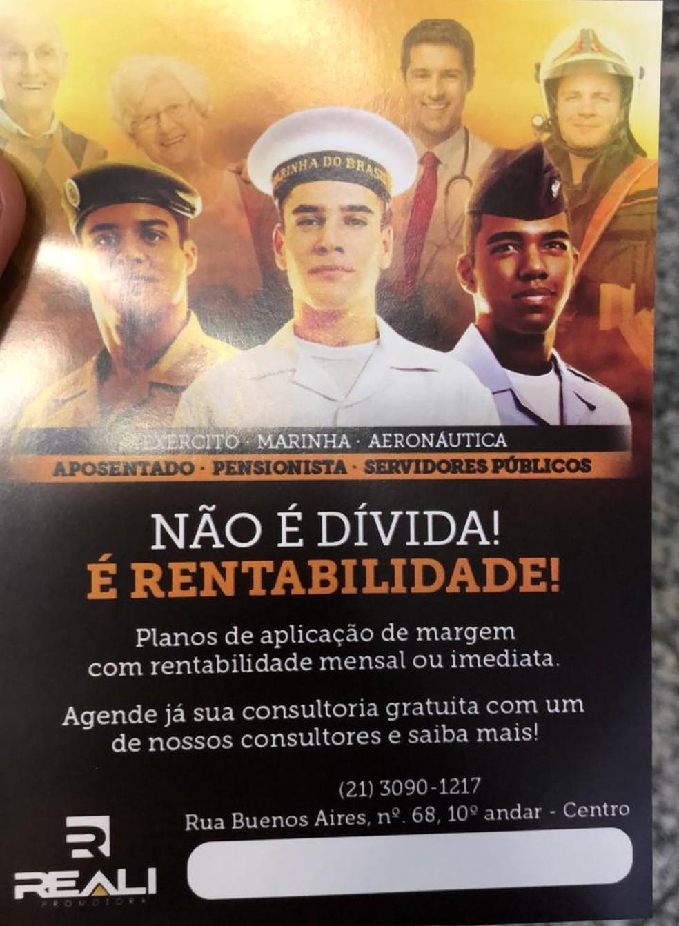 Folheto na sede da Reali Promotora Assistência Pessoal, no Centro — Foto: Reprodução