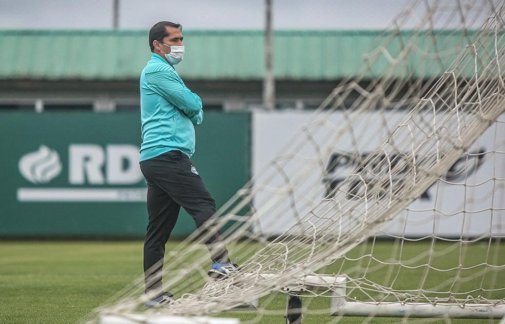 Contra o Botafogo, Morínigo pode escalar o mesmo time do 2 a 0 no Avaí — Foto: Coritiba