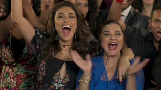Juliana Paes comenta: 'Minha parceria com Elizangela foi desde a primeira cena'