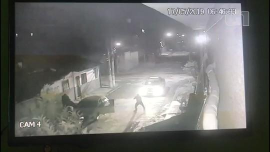 Vídeo mostra PMs praticando sequestro na Baixada Fluminense