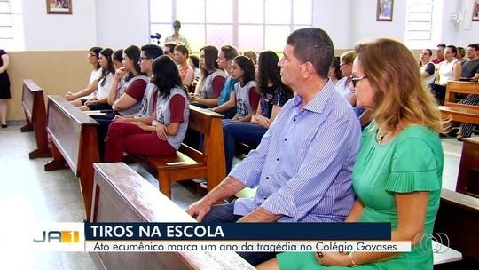Culto homenageia alunos mortos por adolescente há um ano dentro de escola em Goiânia