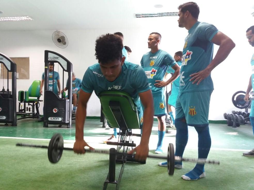 Jogadores realizaram treino regenerativo (Foto: Sampaio / Divulgação)