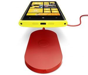 Nokia Lumia pode ser recarregado sem a necessidade de fios (Foto: Divulgação)