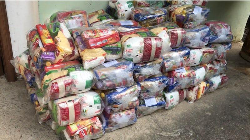 Movimento Cidade Unida distribui  cestas básicas para famílias de Petrópolis, no RJ