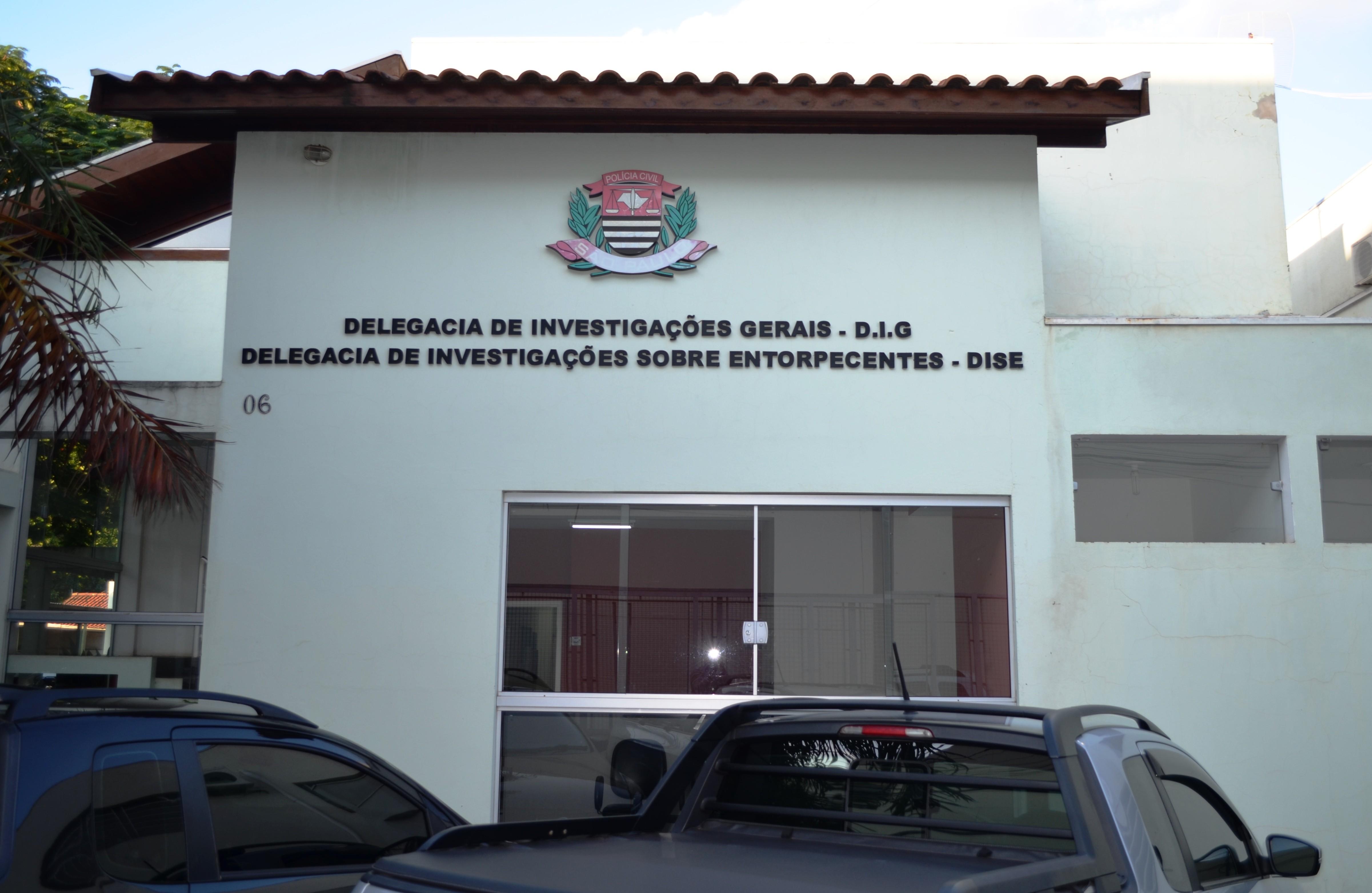 Polícia Civil e Baep prendem 5 integrantes de facção criminosa e resgatam vítima de 'tribunal do crime' em Rio Claro