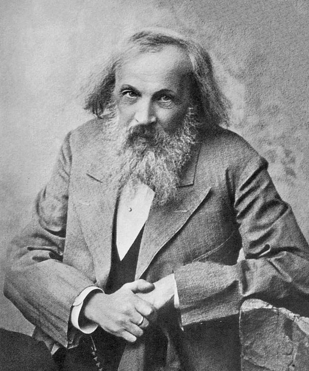 O cientista russo Dmitri Mendeleev foi o primeiro a tentar organizar os elementos químicos há 150 anos — Foto: Domínio público/BBC