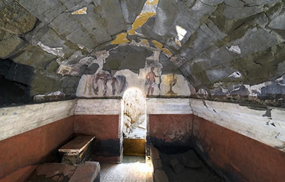 Câmara mortuária encontrado pelos arqueólogos (Foto: Divulgação)