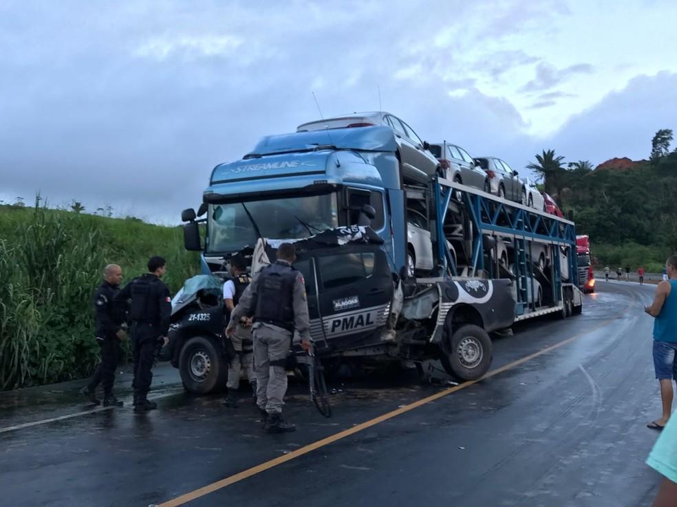 Colisão deixou policiais do Pelopes mortos (Foto: Hígor Silva/4O Graus)