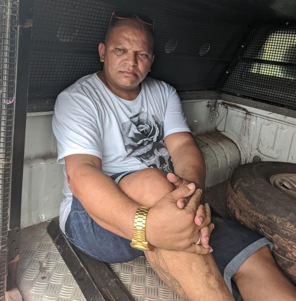 Elionaldo Ferreira foi preso pela polícia na Vila Samara, em São Luís — Foto: Redes Sociais