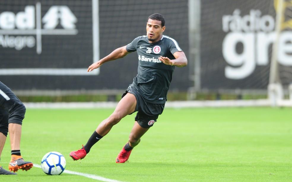 Fortaleza faz proposta pelo volante Gabriel Dias, do Inter, para 2019