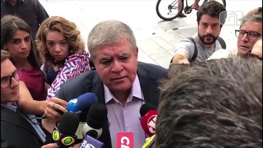 Ex-ministro Carlos Marun chega para visitar Michel Temer na Polícia Federal