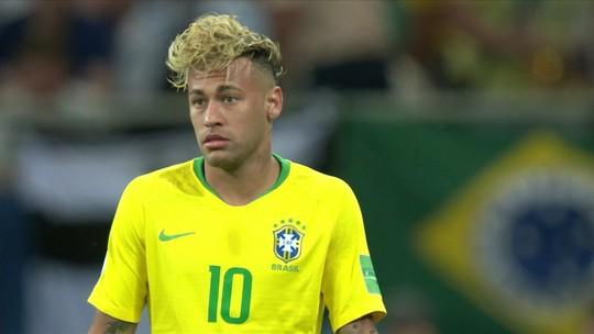 10 Anos de Neymar: a vaidade e os cabelos do craque que adora provocar
