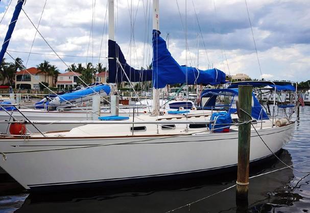 """O casal acabou de vender este barco """"Serendipty"""", mas já está construíndo um novo. Sim, construíndo (Foto: Reprodução/Facebook)"""