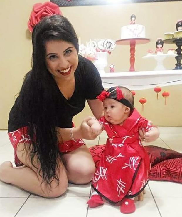Thais Baptista e a filha, Valentina (Foto: Reprodução/Instagram)