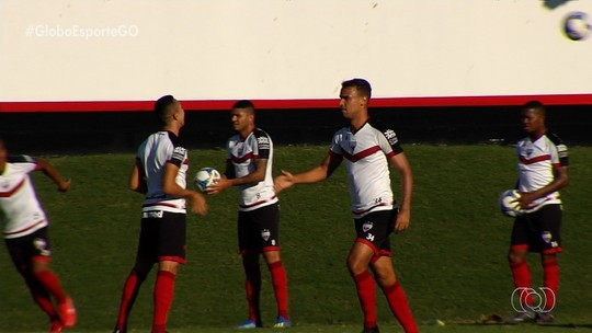 Gilvan alerta Atlético-GO para alcançar um equilíbrio entre ataque e defesa na Série B