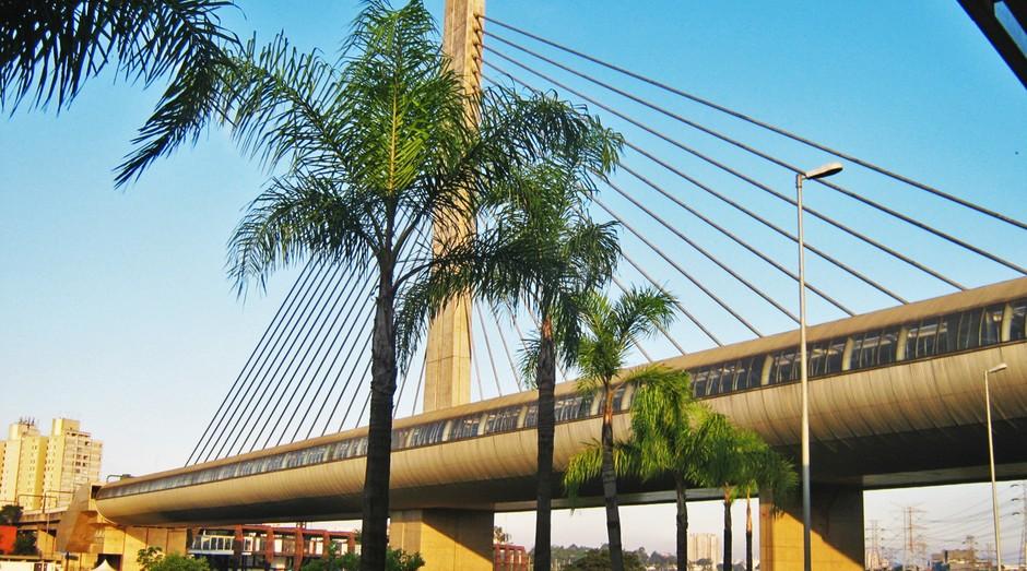 Estação Santo Amaro, em São Paulo. Região terá mais torres, de acordo com projeto de Doria (Foto: CPTM)
