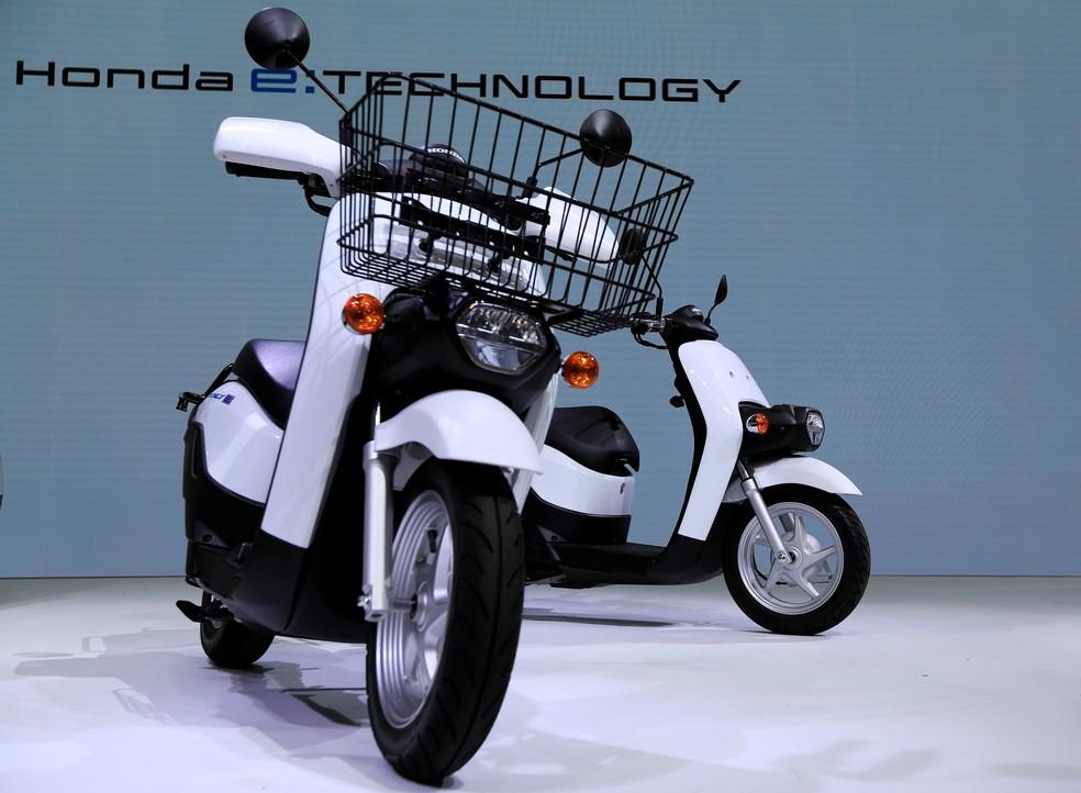 Honda Benly and Gyro e - Photo: Reuters / Soe Zeya Tun