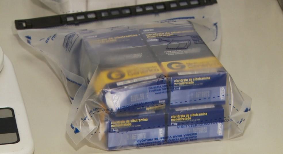 Homem é preso por vender medicamentos controlados em Poços de Caldas (Foto: Reprodução EPTV)