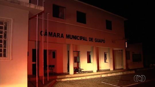 Grupo explode caixa eletrônico dentro da Câmara Municipal de Guapó