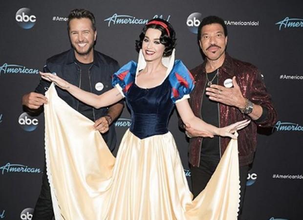 Katy Perry nos bastidores do American Idol (Foto: Reprodução/Instagram)