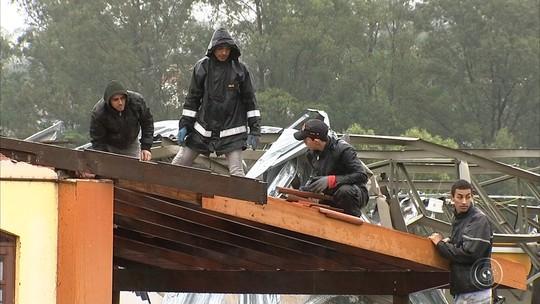 Vídeo mostra temporal que destruiu posto de combustíveis em Jarinu