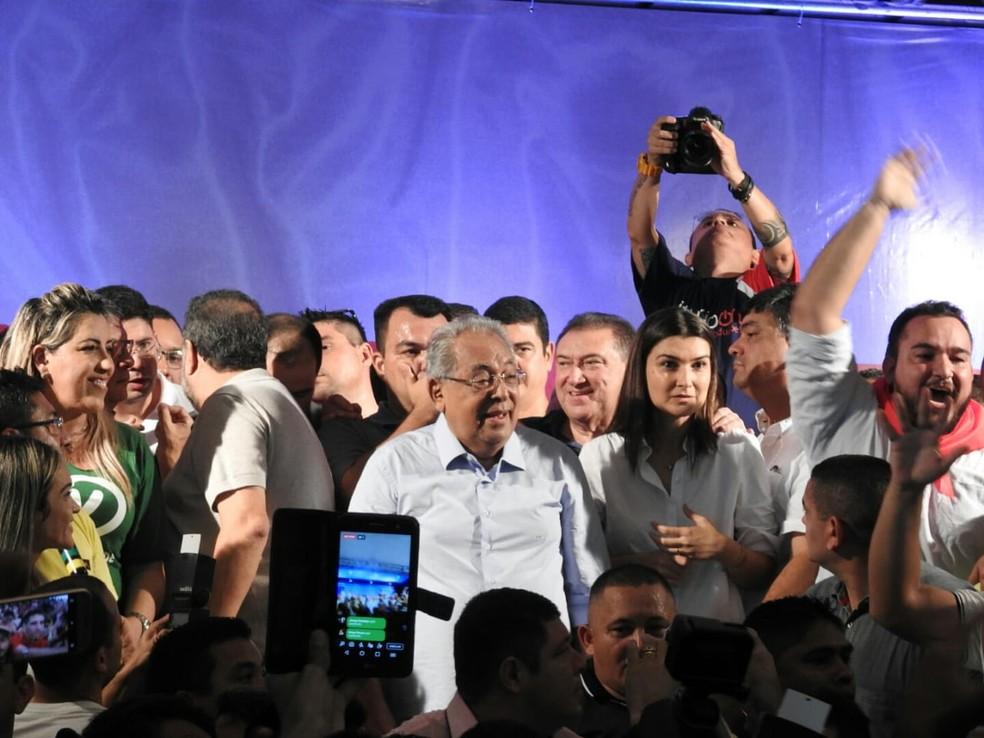 Amazonino Mendes e Rebecca Garcia vão concorrer nas eleições de 2018 (Foto: Adneison Severiano/G1 AM)
