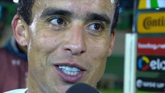 """Gol sem querer querendo? Jadson prefere destacar """"brio fora do normal"""" do Corinthians"""