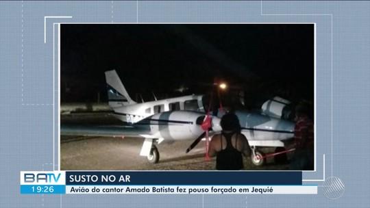 Avião com a equipe do cantor Amado Batista faz pouso forçado em Jequié, na região sudoeste