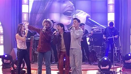 Sandy & Junior canta com Chitãozinho & Xororó no 'Caldeirão': relembre o momento!