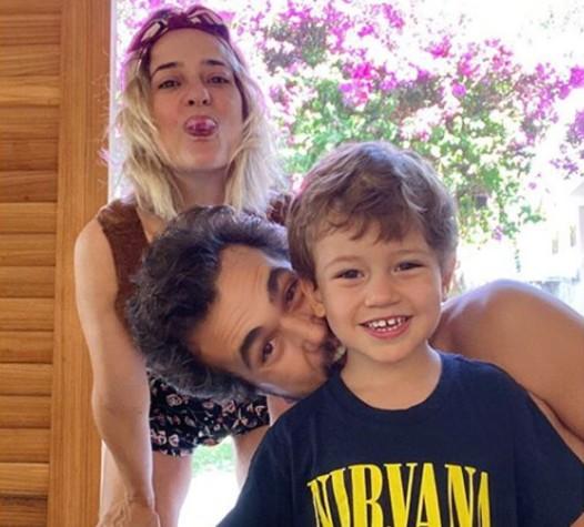 Paloma Duarte e Bruno Ferrari com seu filho, Antonio (Foto: Reprodução)