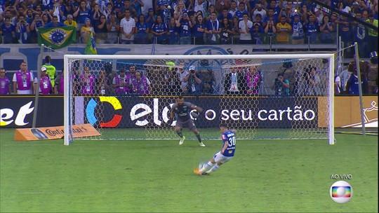 """Thiago Neves repete antiga provocação ao comemorar em cima do Fla: """"Créu neles"""""""