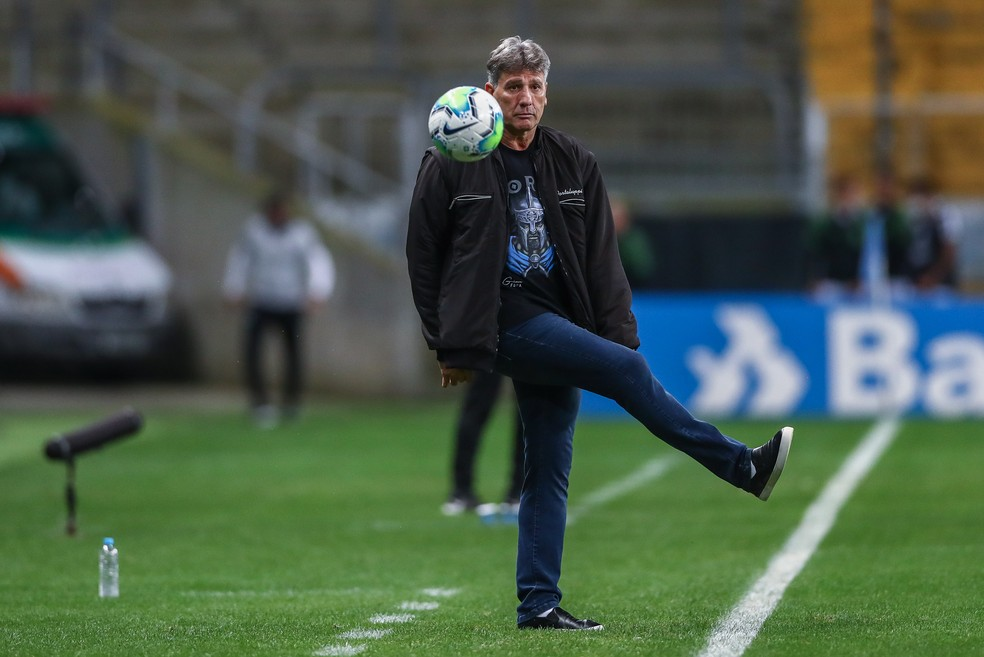 Renato Portaluppi em vitória do Grêmio — Foto: Lucas Uebel/Grêmio
