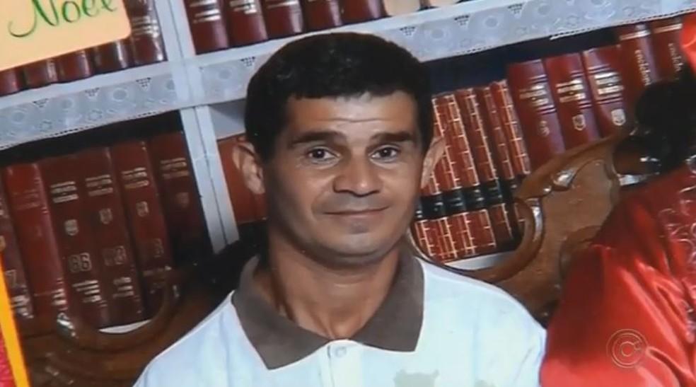O estoquista Vagner Furtado de Moura foi assassinado em janeiro de 2017 e teve o corpo queimado com gasolina — Foto: TV TEM/Reprodução