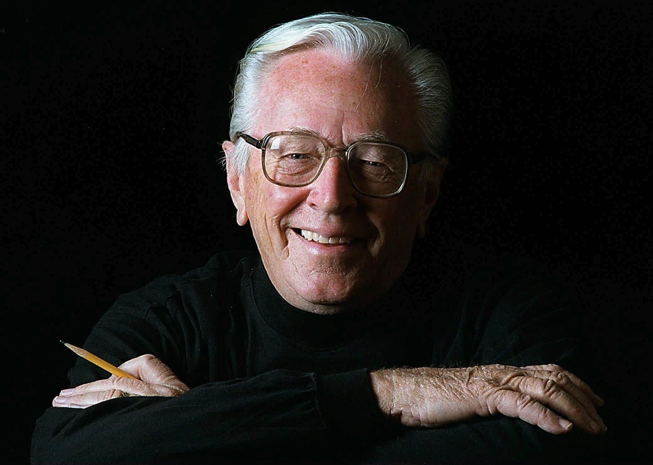 Charles M. Schulz, na época de sua aposentadoria, em 1997