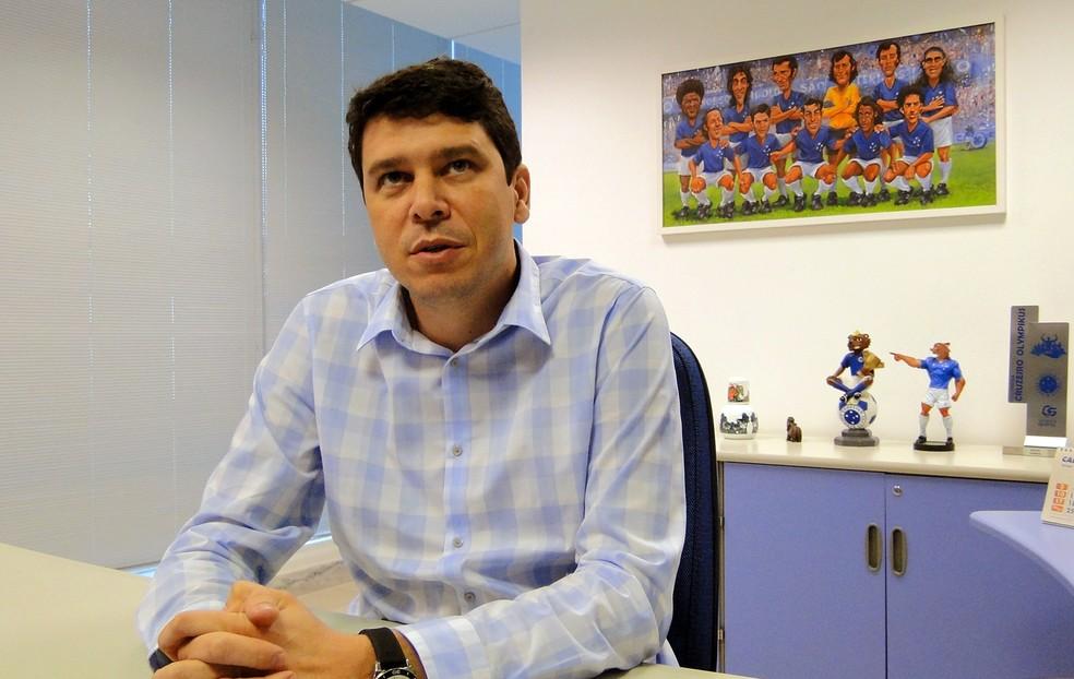 Marcone Barbosa, gerente de futebol do Cruzeiro desde julho do ano passado — Foto: Marco Astoni