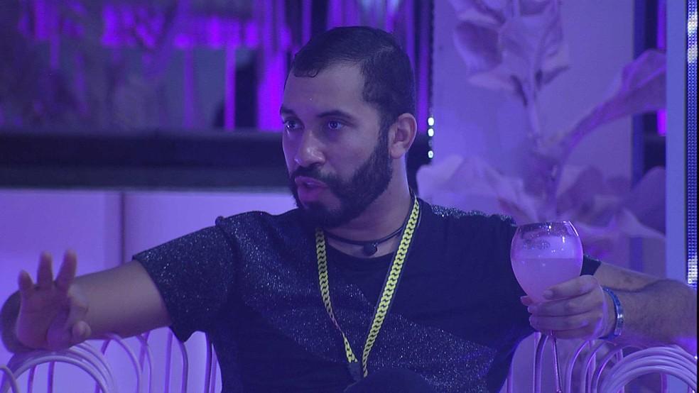 Gilberto diz que vai indicar Arthur para Paredão no BBB21: 'Não tem o que fazer'  — Foto: Globo