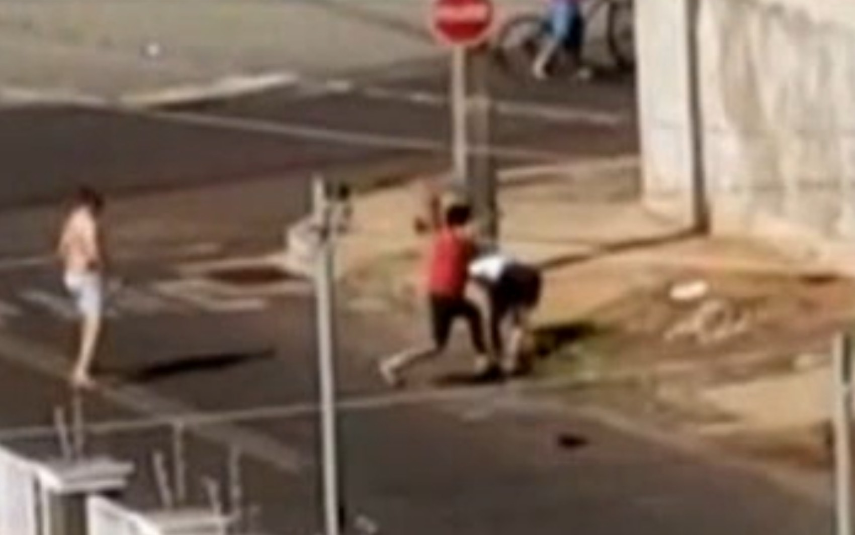 Homem é preso suspeito de matar cunhado e sobrinho a facadas durante briga, em Rio Verde; vídeo