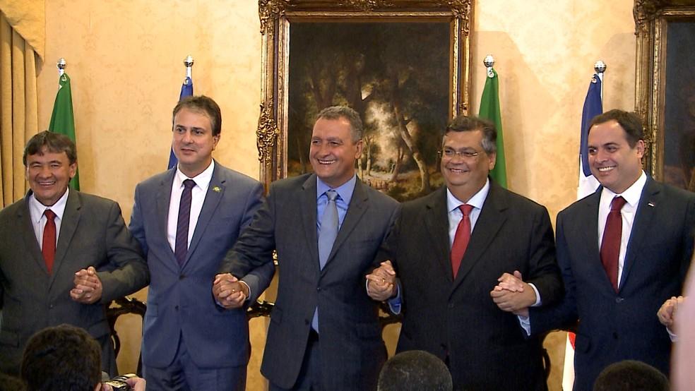Governadores do Nordeste em coletiva na tarde desta quinta-feira (14) no Palácio dos Leões, em São Luís.  — Foto: César Hipólito e Miguel Lindoso/TV Mirante