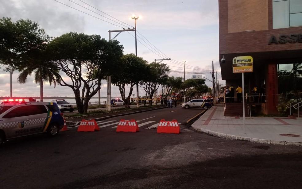 Avenida Ivo do Prado, em Aracaju, bloqueada para reintegração de posse — Foto: Divulgação/SMTT