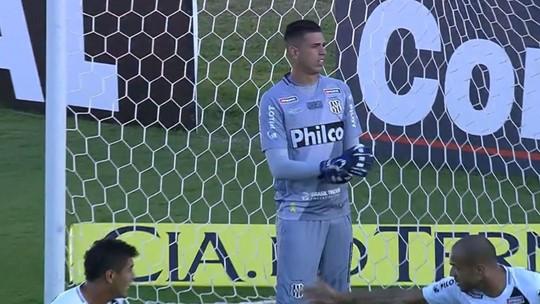 Quem é Ivan, goleiro da Ponte Preta convocado por Tite para a Seleção; veja lista de milagres